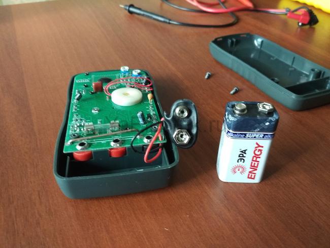 замена батарейки в мультиметре