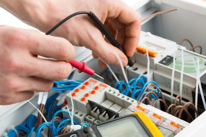 Прозвонка электропроводки во вводном щитке