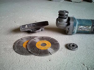 установка на вал болгарки двух дисков