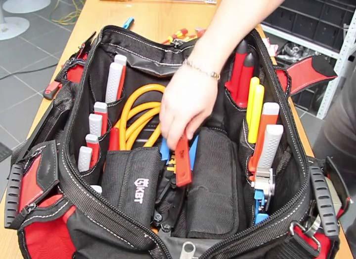 что можно уложить в сумку монтажника КВТ С-05
