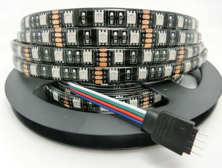 четыре проводка для подключения на RGB ленте