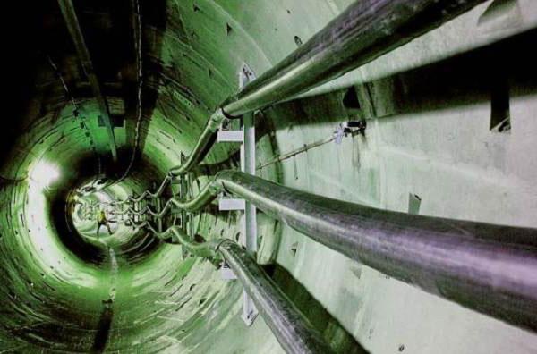 прокладка кабеля в туннеле