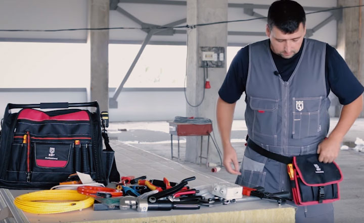 переноска сумки электрика КВТ С-10 на поясе