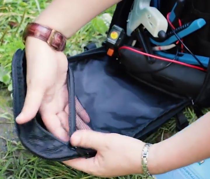 прозрачный карман с сетчатой поверхностью у сумки КВТ