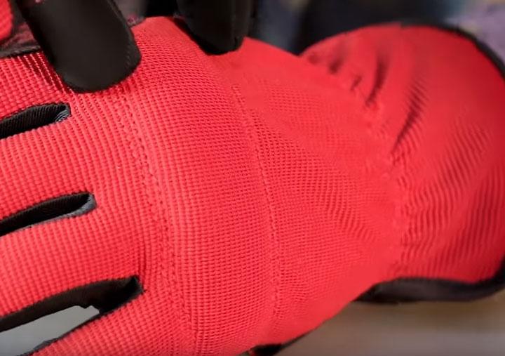 внешняя сторона перчаток С-31 КВТ