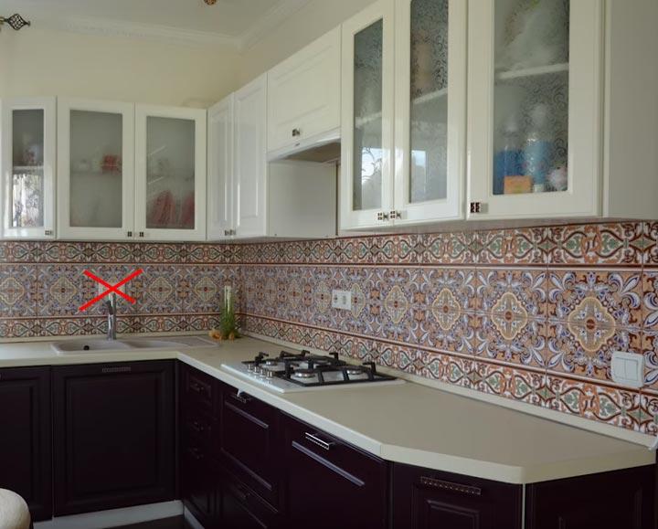 неправильное размещение розеток на кухне места где нельзя
