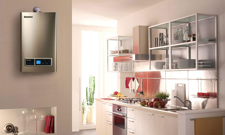 водонагреватель установленный на кухне