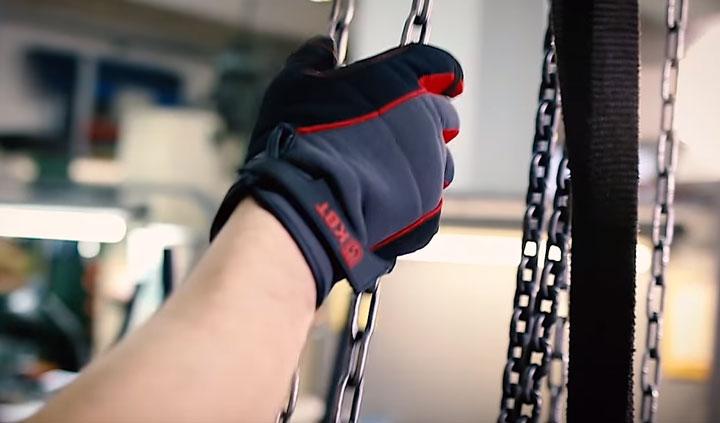 применение перчаток КВТ С-32
