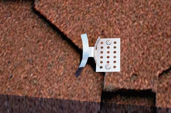 клипсы для крепежа кабеля на крыше