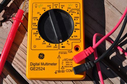 Мультиметр GE 2524 в положении прозвонки