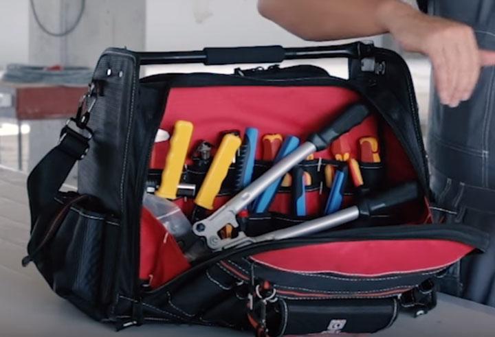 первое большое отделение сумки монтажника С-10