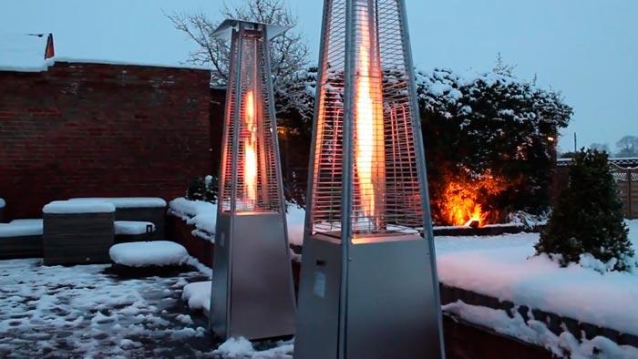 уличный газовый обогреватель в зимнее время