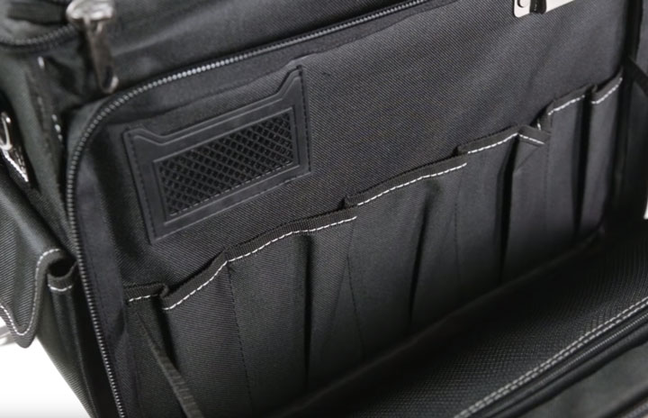 пластиковый карман под бейджик или визитку