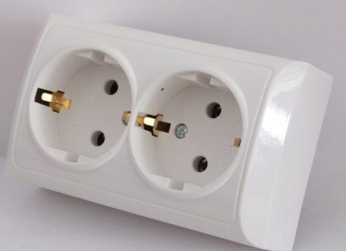 Розетки с парой гнезд позволяют увеличить количество точек доступа к электроэнергии