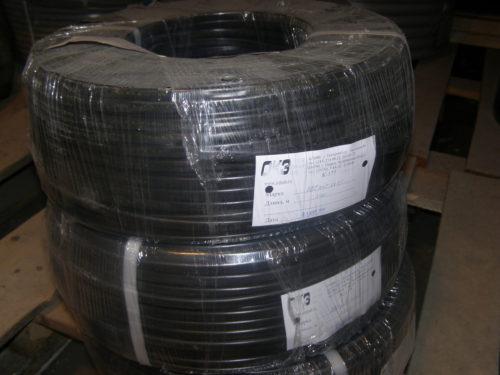 Длительное хранение кабеля должно производиться в скрученном виде с укрытием полиэтиленовой пленкой