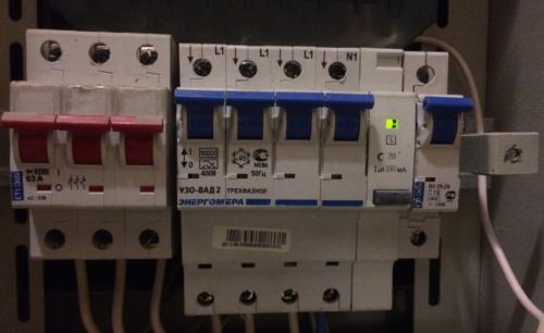 Дифференциальный автомат функционирует в нормальном режиме без необходимости в отключении