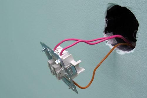 Ремонт выключателя света в квартире, холодильнике с регулятором