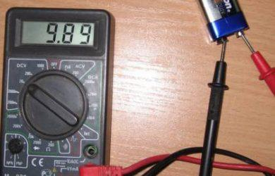 Для определения неисправности люстры с пультом управления используется обычный мультиметр