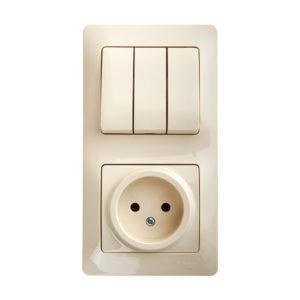 Тройной выключатель с розеткой